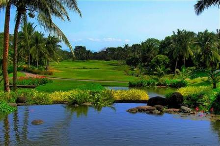 Manila Southwoods Golf Course - Hole 10