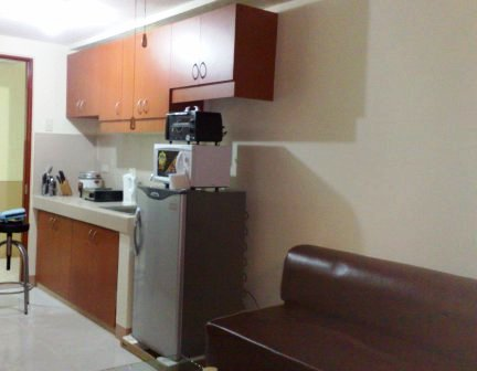 Rada Regency Apartments Kitchen