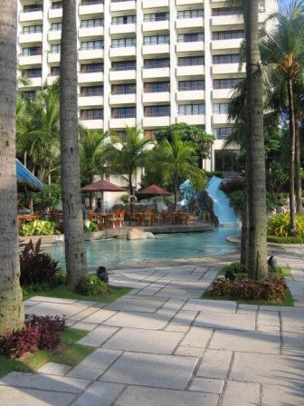Sofitel Plaza Swimming Pool