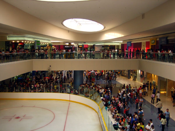 SM Mall of Asia Olympic size Ice Rink